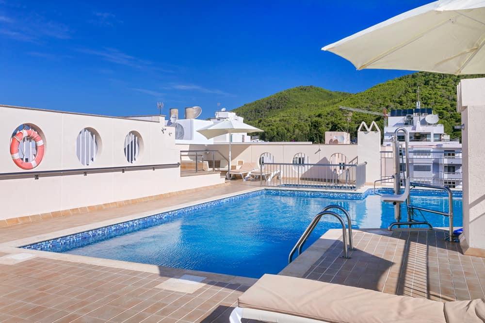 Aparthotel Duquesa Playa Santa Eulalia Ibiza 00