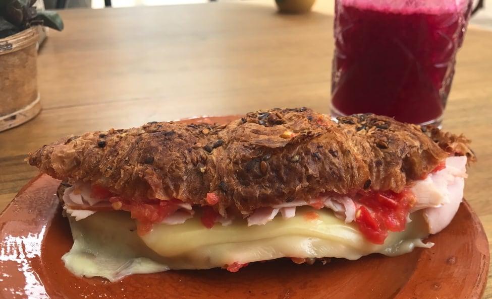 Born-restaurante-cafeteria-Ibiza-10