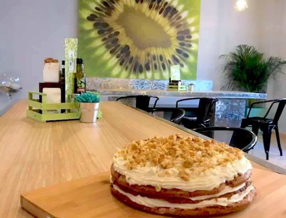 Cafeteria Can Kiwi Ibiza 00