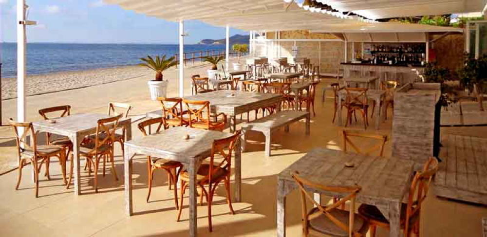 Cafeterias with wifi Ibiza02