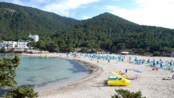 Stranden en baaien van Ibiza