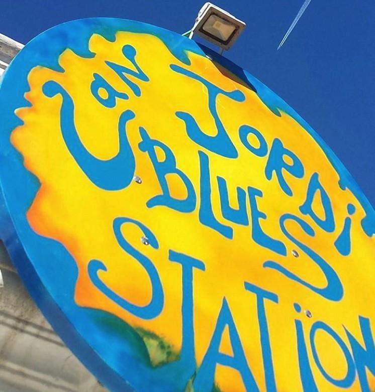 Sense categoria-Can Jordi Blues Station-Eivissa
