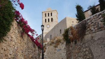 Über Ibiza Ihre Reise