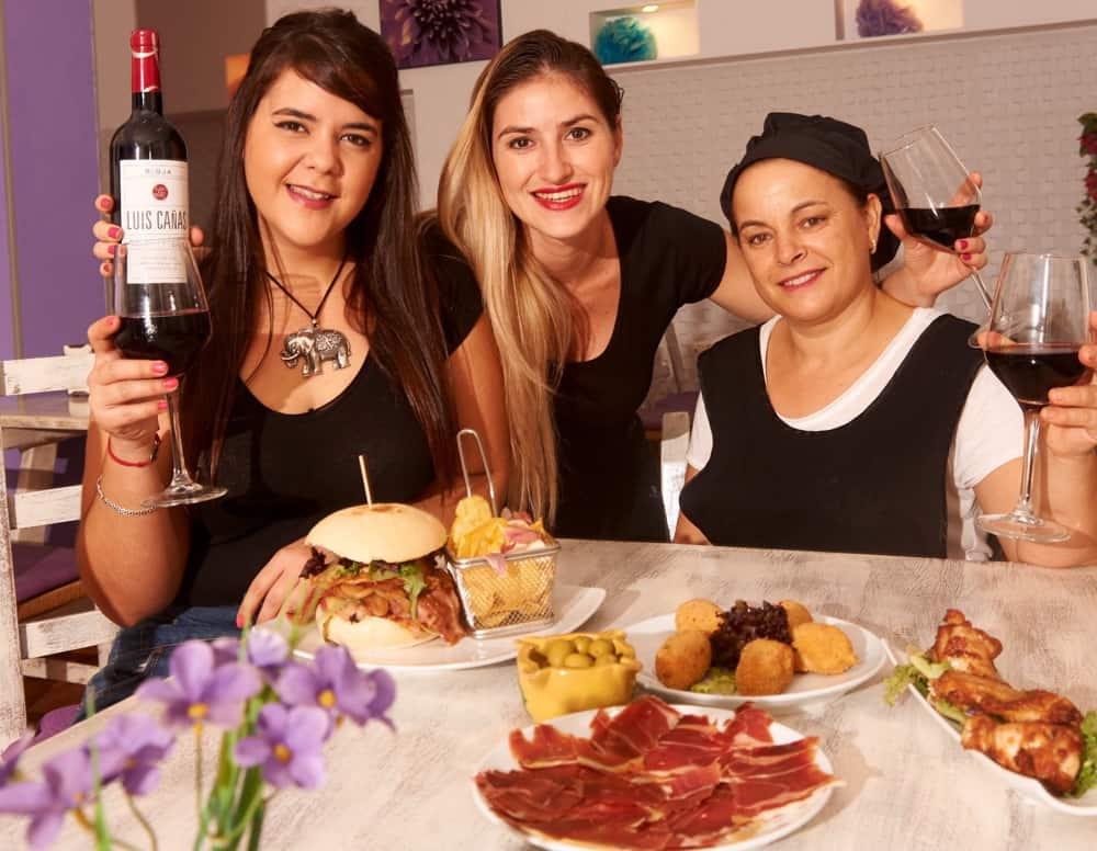 Hamburgueseria Lina Santa Eulalia hamburger Ibiza 00
