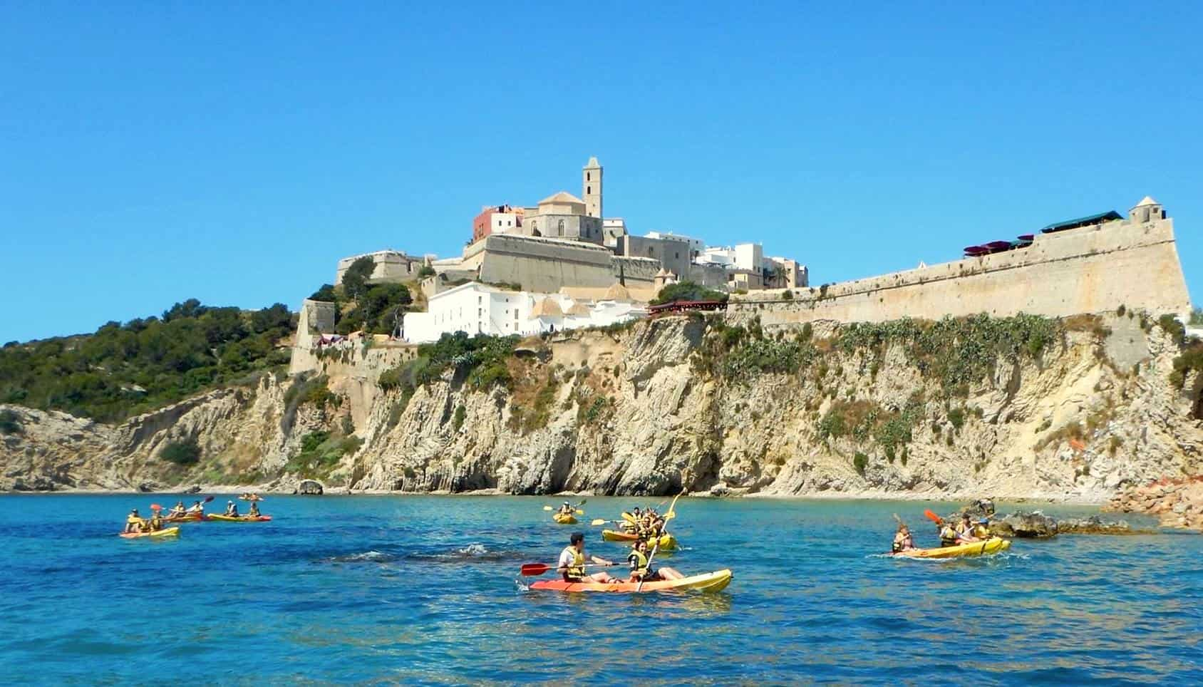 Kayak a Ibiza