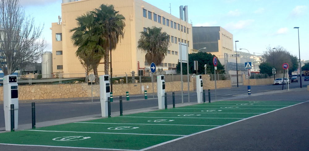 Recargar coche electrico Ibiza