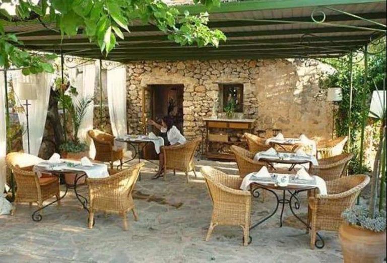 Senza categoria-Es Cucons Restaurant-Ibiza