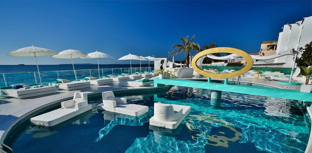 Рестораны с бассейном на Ибице 01