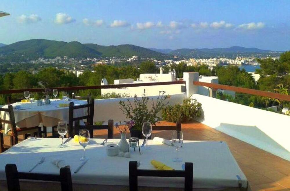 Sa Finca-Restaurant Santa Eulalia Ibiza 00