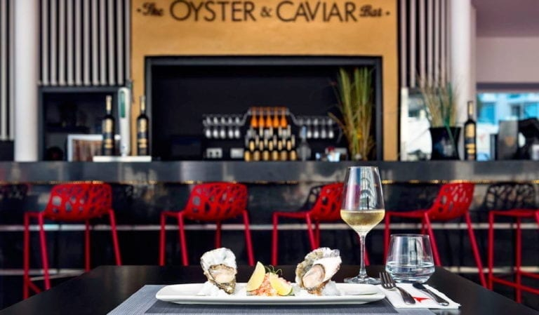 Рестораны>  Рестораны Ушуайя-The Oyster & Caviar Bar-Ibiza