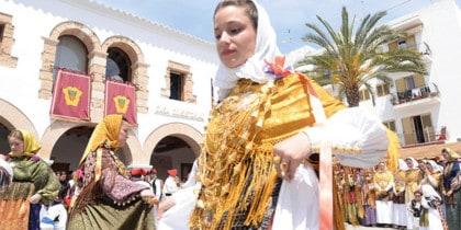 Payés Tanzvorführungen diesen Sommer in Santa Eulalia Aktivitäten