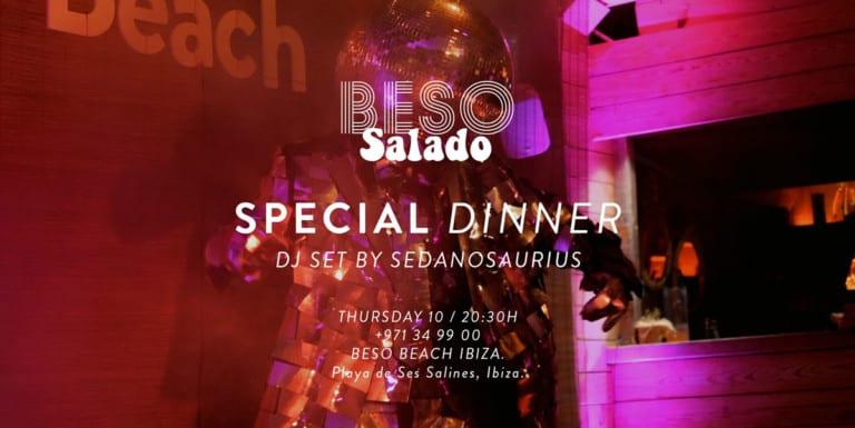 cena-bacio-salato-bacio-spiaggia-ibiza-2020-benvenuta-ibiza