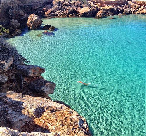 Een heerlijke wandeling door Cala Comte met Walking Ibiza