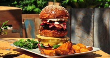 The-Booo-hamburgueseria-Ibiza-01.jpg