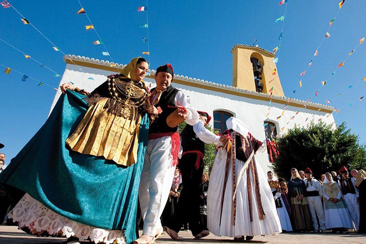 baile-payes-ibiza-welcometoibiza
