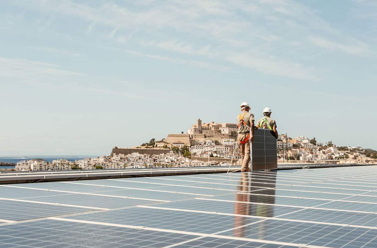 ibiza-gran-hotel-paneles-solares-ibiza-2021-welcometoibiza