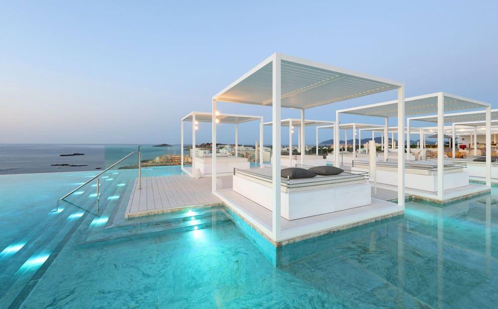 Epic-infinity-lounge-Bless-Ibiza