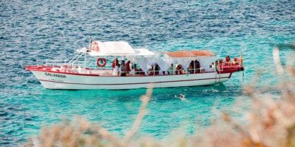 excursion-en-bateau-ibiza-salvador-3-heures-jour-ibiza-2021-welcometoibiza