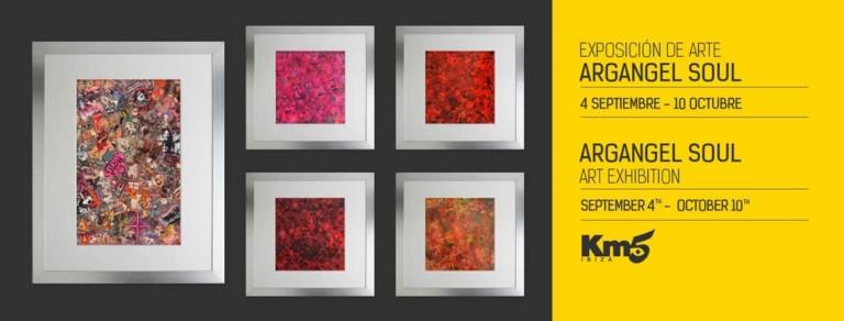 Les œuvres de Arcángel Soul lors de la dernière exposition estivale de Km5 Ibiza