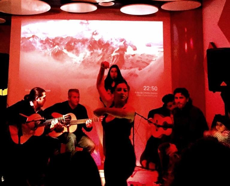 Jam de Flamenco по четвергам в Са Qüestió Ибица