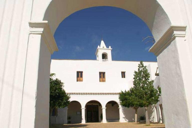 Фольклор Ибицы в церкви Сан-Мигель каждый четверг