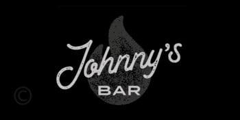 Джоннис-бар-ибица-гамбургезерия-сан-хосе - логотип-гид-welcometoibiza-2021