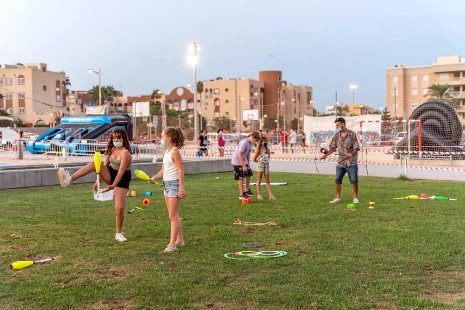 Asociaciones juveniles y espais joves en Ibiza Magazine