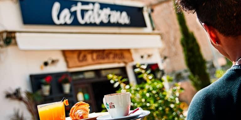 de-taverne-van-het-park-ibiza-welcometoibiza
