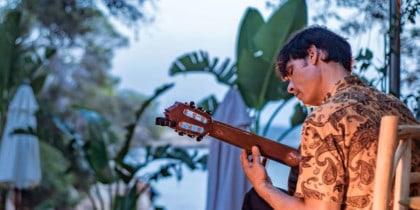 Oggie voller Musik Las Mimosas Ibiza diesen Donnerstag Musik