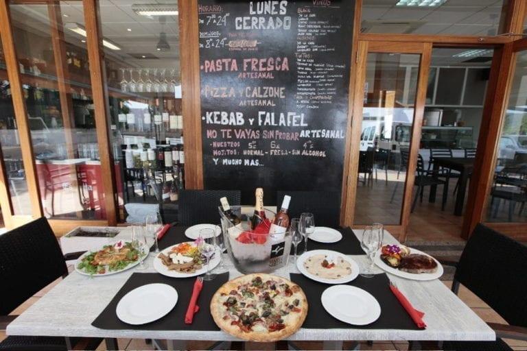 restaurant-can-tommy-sant-jordi-Eivissa-00.jpg