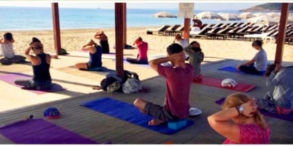 sos-yoga-ibiza-clases-yoga-solidario-welcometoibiza-2