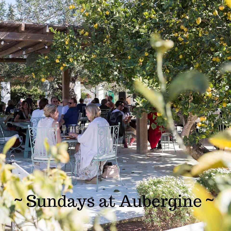 Sundays at Aubergine: Música en vivo y deliciosa comida sana en Aubergine Ibiza