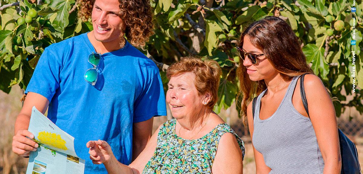 туристы-Ибица-welcometoibiza