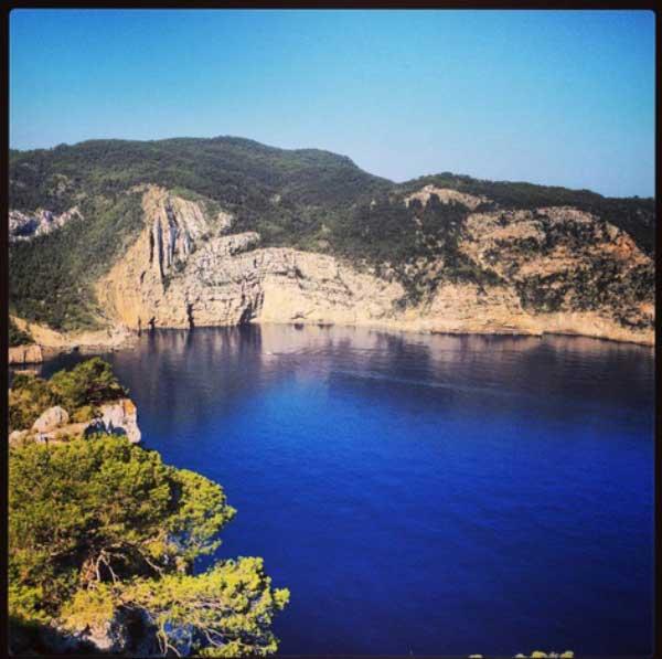 Paseo por San Mateo con Walking Ibiza